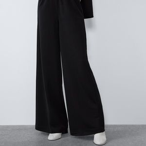 Black Zara flowy pants